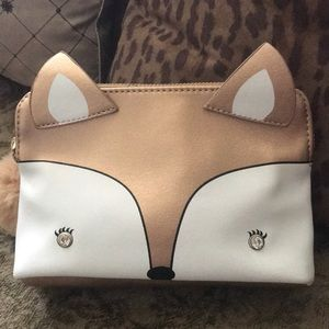 Handbags - Cute fox 🦊Cosmetics case with Pom Pom NWT